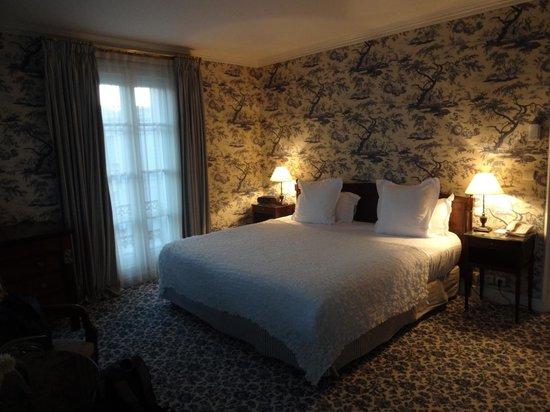 Aigle Noir Hotel : Suite 214
