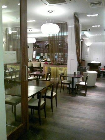 Best Western Maitrise Hotel: restaurant