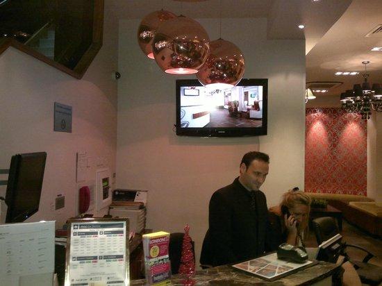 BEST WESTERN Maitrise Hotel: reception