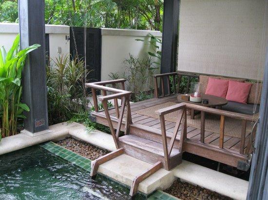 Anantara Lawana Koh Samui Resort : Deluxe plunge pool and decking