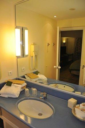 Auberge de la Vieille Tour - Salle de bains