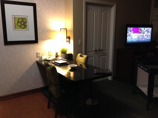 Homewood Suites by Hilton Minneapolis - Mall of America : Dining Area