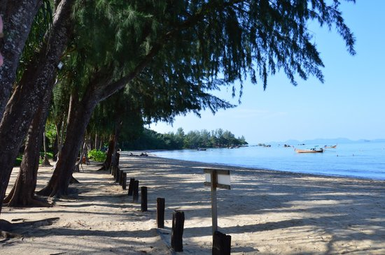 Tup Kaek Sunset Beach Resort : plage de l'hotel