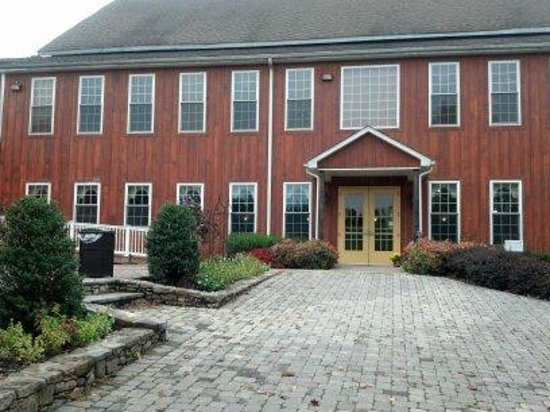 Vino 301 Wine Concierge - Tours : Mountainview Region - Liganore Winery grand tasting building