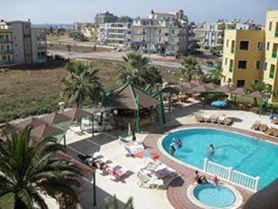 Hotel Esra and Family Suites: pool