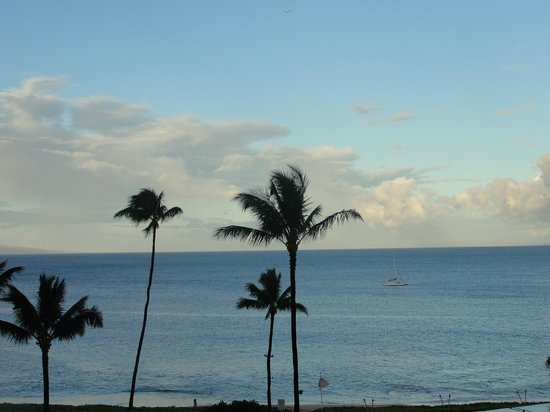 Royal Lahaina Resort : Ocean view from the room