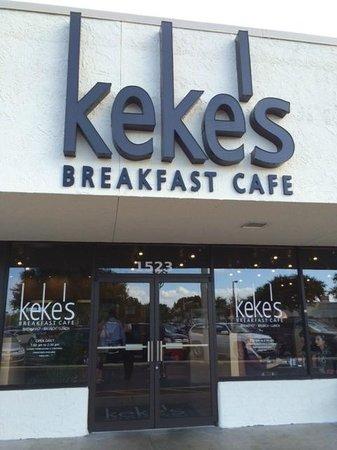 Keke's Breakfast Cafe: Restaurant Entrance
