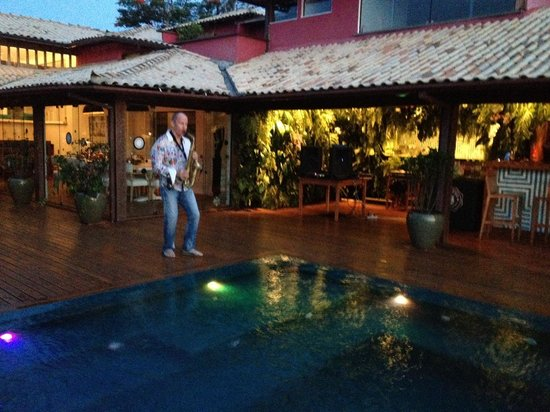 Insolito Boutique Hotel: Piscina e bar