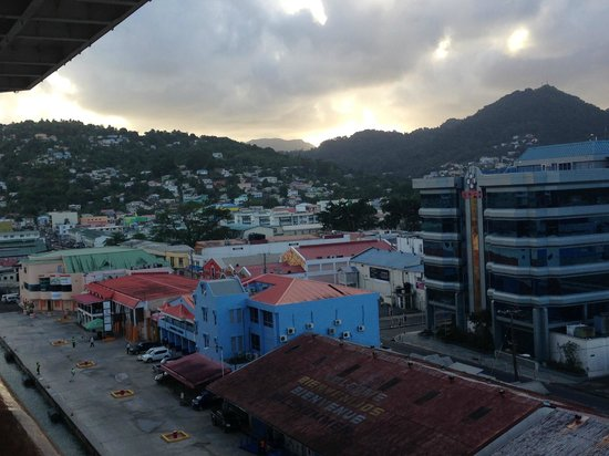 Pitons: Port of St. Lucia