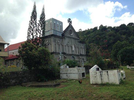 Pitons: Catholic Church in fishing village
