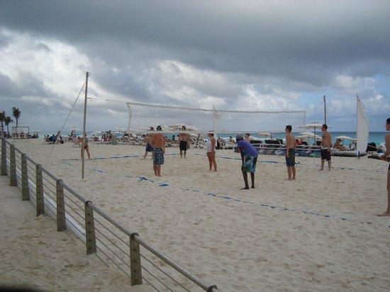 Beach Palace: Volleyball anyone?