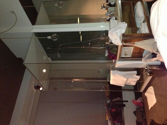 Hotel Daniel Wien: Bagno in camera