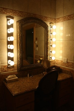 Couples Resort : Bathroom - Chateau Lyra
