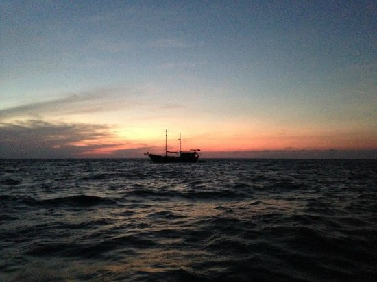 Dive The World : lovely sunset