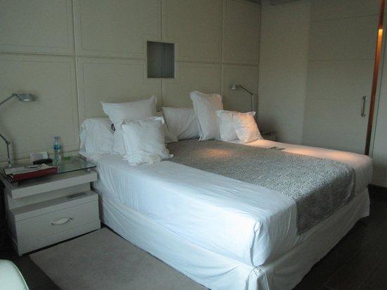 Gran Meliá Palacio de Isora Resort & Spa: Main bedroom in master suite