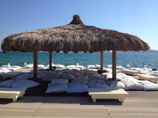 Ilica Hotel Spa & Thermal Resort: エーゲ海を見ながら日陰で昼寝が最高