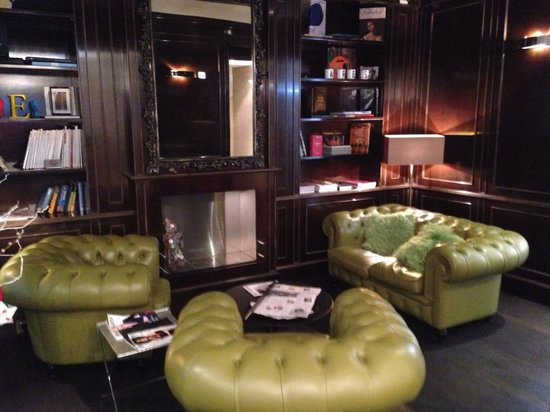 Hotel Ares Paris: Lounge area