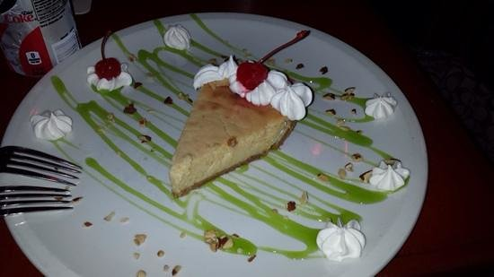 Banana Tree Grille: banana foster cheesecake