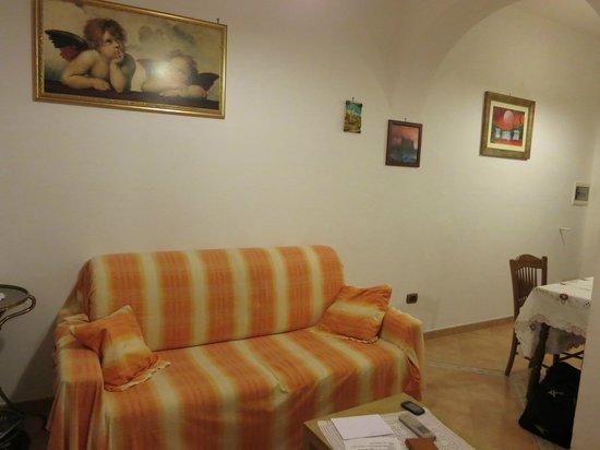 Le Nereidi: Living hall