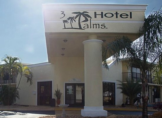 3 Palms Hotel Fort Pierce: Front