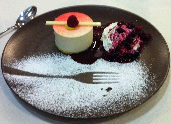 "Aquattro Restaurant: Dessert: ""Gemma del Bosco"""