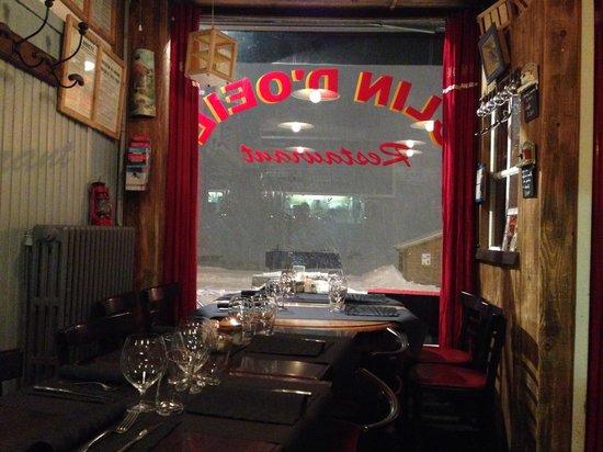 Restaurant Clin d'Oeil : Snug and cosy during a snow storm