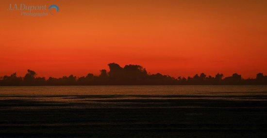 Ko Olina Beach Villas Resort: Sunset from room 808
