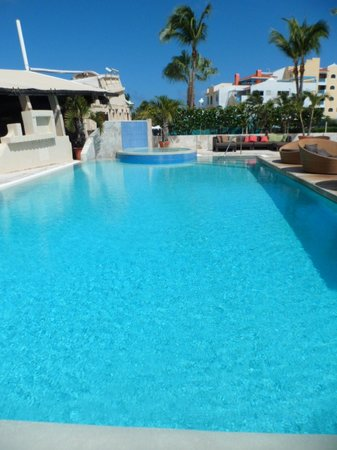 Bucuti & Tara Beach Resort Aruba: Piscina do Hotel