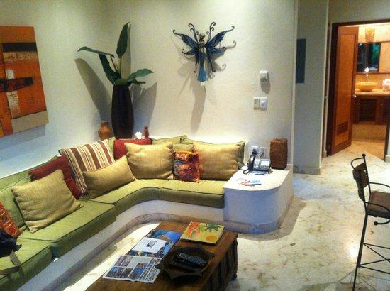 Porto Playa Condo Hotel & Beachclub: Lounge - condo 208