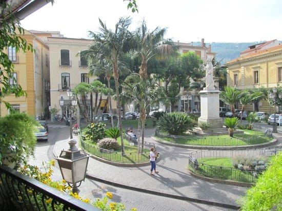 Villa Elisa Casa Vacanze: Piazza San Antonino