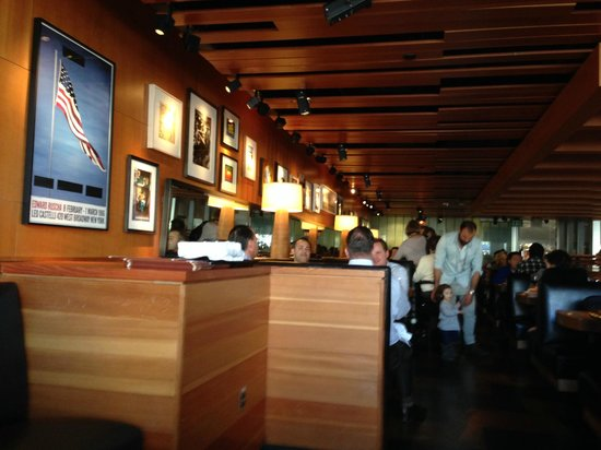 Really Nice Atmosphere Picture Of R D Kitchen Newport Beach Tripadvisor