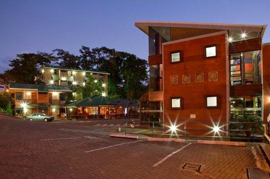 Hotel & Spa Poco a Poco: Hotel´s layout and facilities.