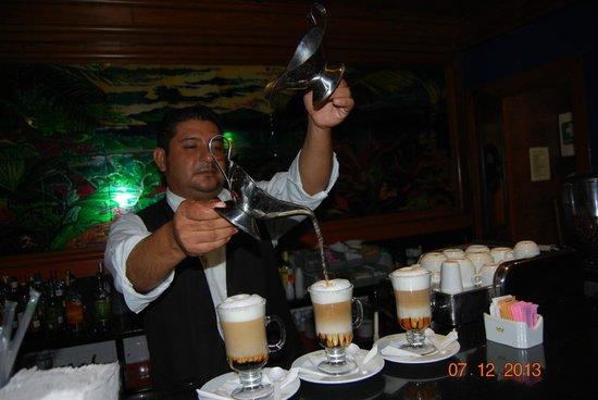 Hotel Riu Playacar: Un bon café brésilien