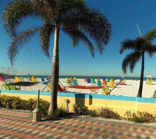 Plaza Beach Hotel - Beachfront Resort : a wonderful place to stay