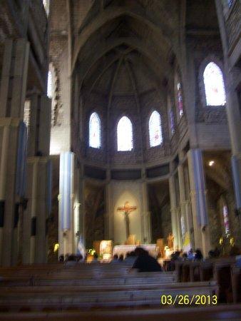 Catedral de San Carlos de Bariloche : LLena de Paz.!