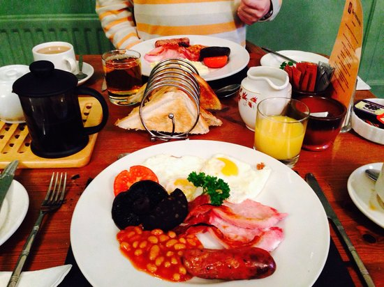 Glen Rothay Hotel: Couldn't of asked for a better b/fast :-)