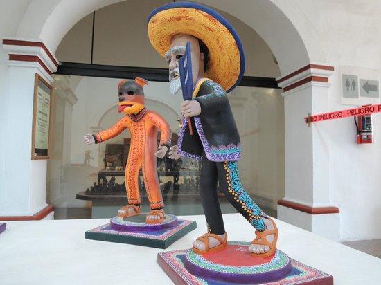 Ceramic Museum (Museo Regional de la Ceramica) : Festival Masked figures, Museo Pantaleón Panduro del Premio Nacional de la Cerámica