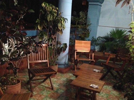Casa Eclectica 1925: Relaxing balcony