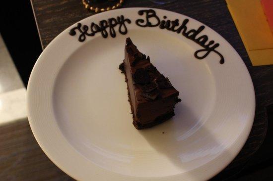 Kimpton Hotel Palomar Philadelphia : happy birthday cakes sent to my parents room