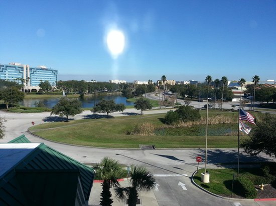 Country Inn & Suites By Carlson, Orlando Airport: Another view out of window
