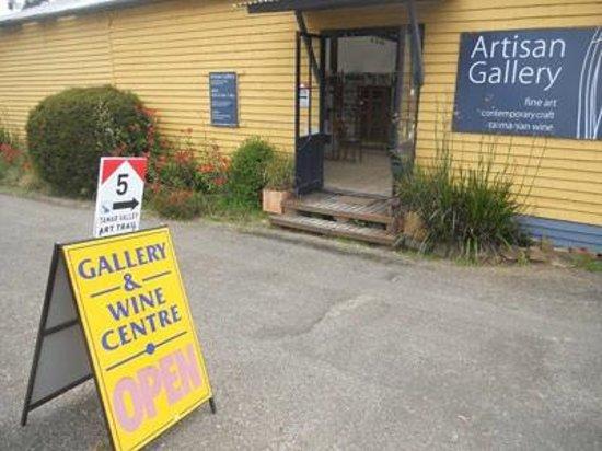 Gravelly Beach, Australia: Artisan Gallery at Robigana #5 on the Tamar Valley Art Trail
