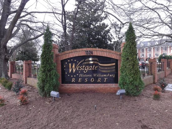 Westgate Historic Williamsburg Resort: Westgate welcome sign