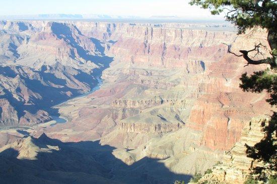 Vaughan's Southwest Tours - Day Tours: GC - Colorado River