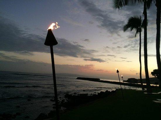Maalaea Kai Resort Condominium: View at night