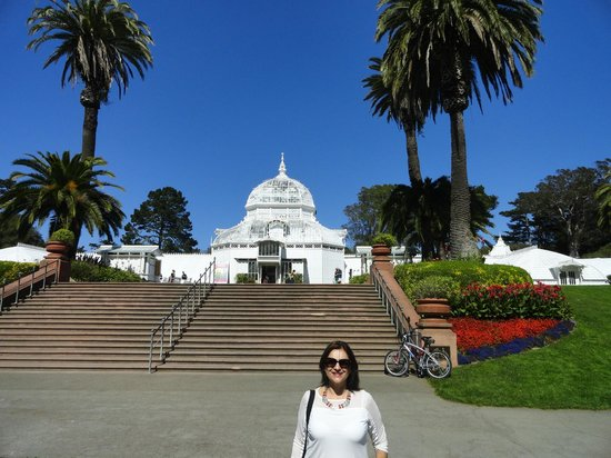 San Francisco Botanical Garden: conservatory of flowers,lindo