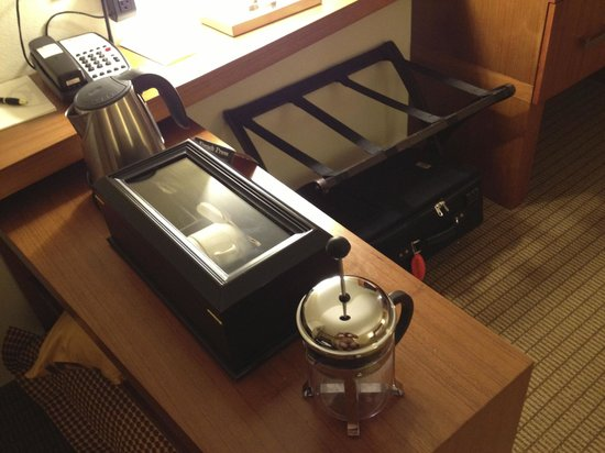 The Heathman Hotel Kirkland: Coffee and Tea options