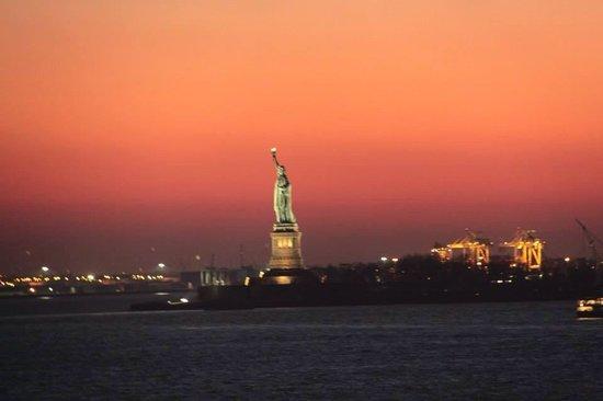 The Ritz-Carlton New York, Battery Park : Fabulous views of New York harbor!