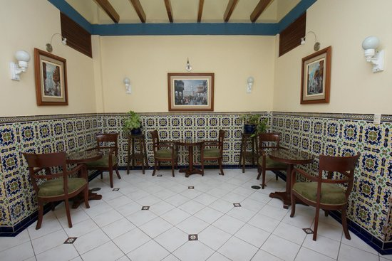 Hotel San Antonio Abad: Common Areas