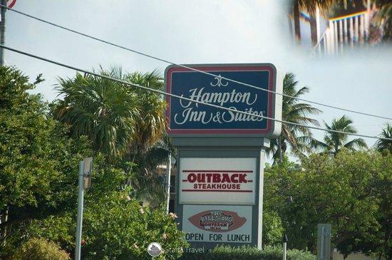 Amara Cay Resort : Front of Hotel