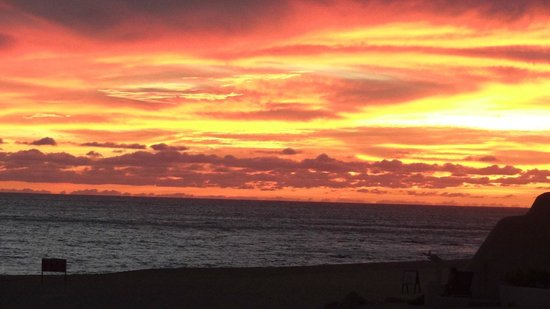 Solmar Resort: Sunset from Solmar Beach